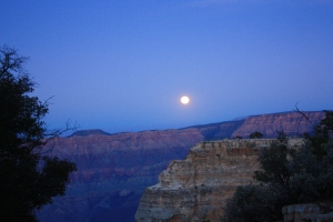 grand canyon moon rise